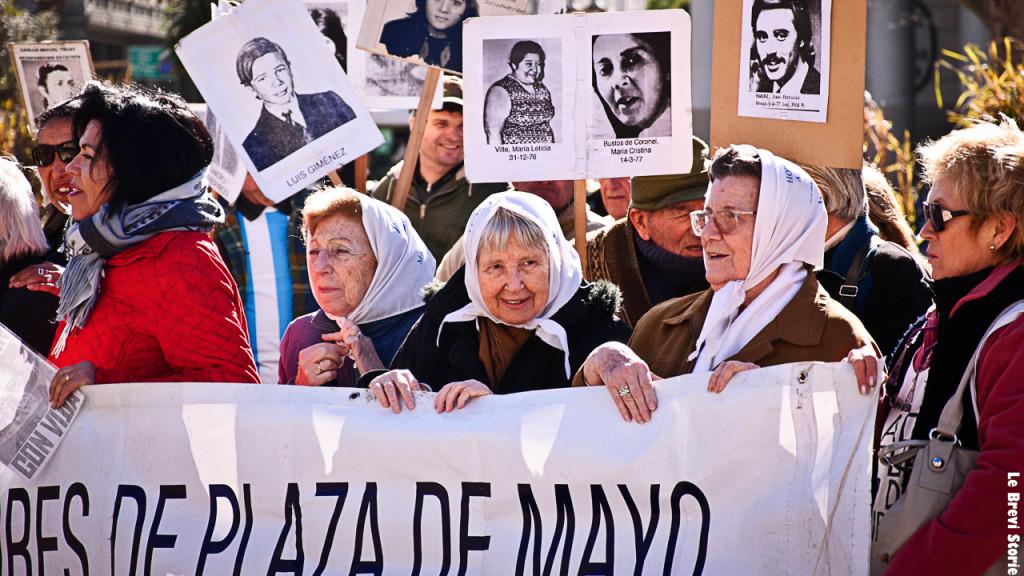 Le madri della Plaza de Mayo