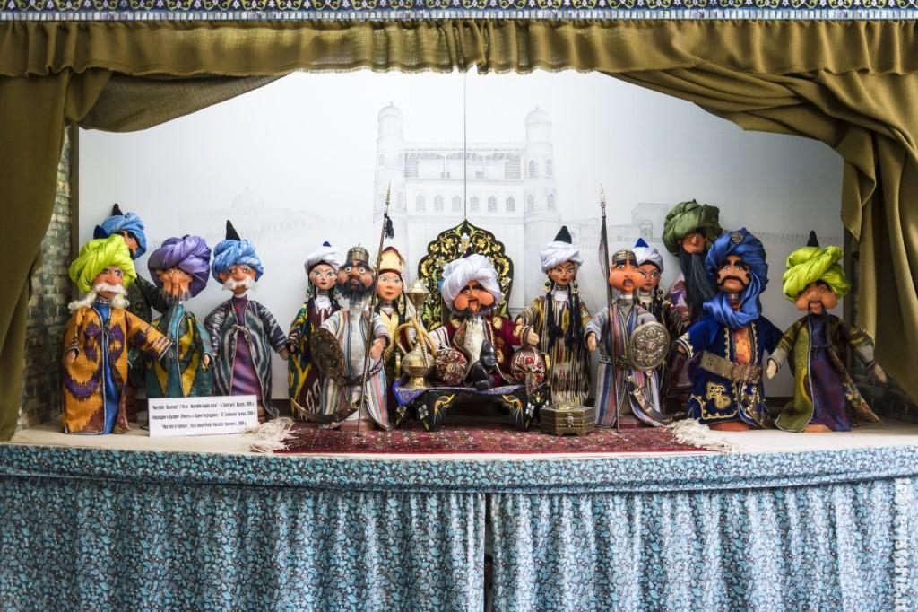 Le marionette del maestro Iskandar Khakimov