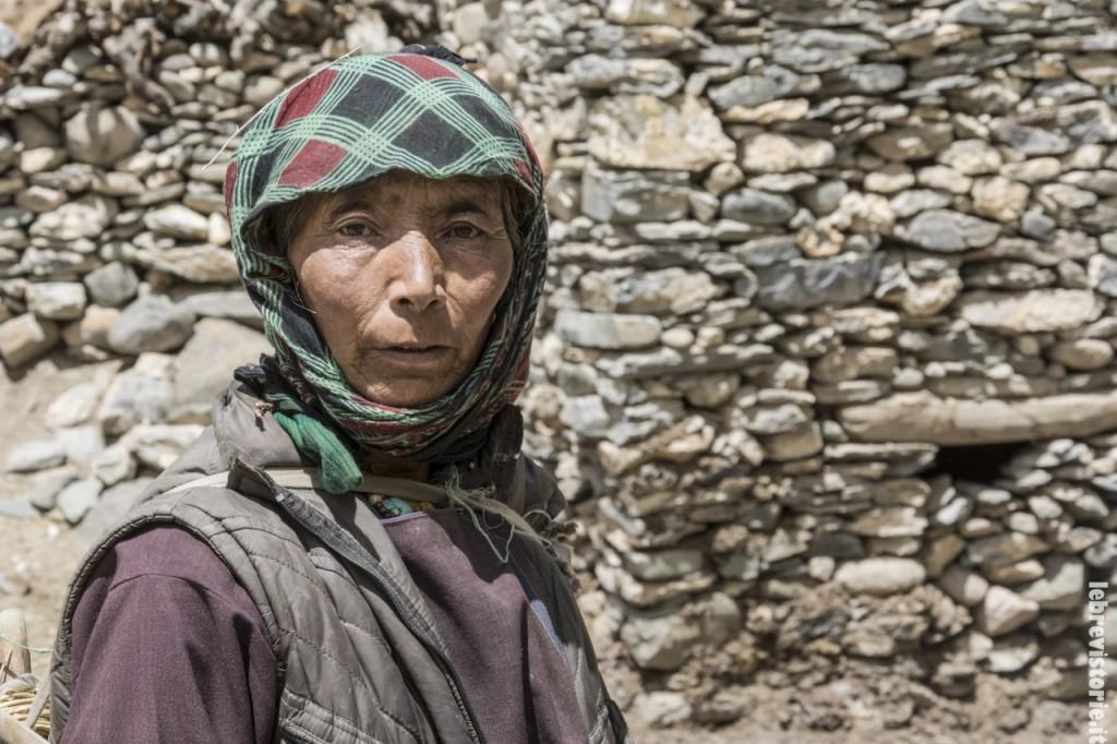 Un'abitante della valle del Markha